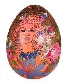 Egg No. 69 - 'Love' by Louise Dear