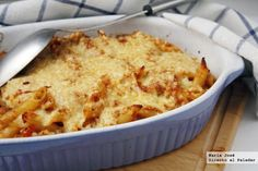 Macaroni gratin with Bolognese sauce: recipe with Thermomix - We explain step by step, in a simple way, how to make the recipe with Thermomix of macaroni with Bo - Italian Chef, Italian Recipes, Italy Food, Bolognese Sauce, Food Names, Lidl, How To Cook Pasta, Macaroni And Cheese, Yummy Food