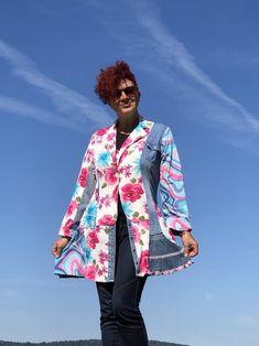 M size Bright colors Flowers Boho light Jacket coat Boho | Etsy Oversized Denim Jacket, Denim Coat, Redo Clothes, Clothing Redo, Unique Fashion, Boho Fashion, Feminine Style, Feminine Fashion, Recycled Denim
