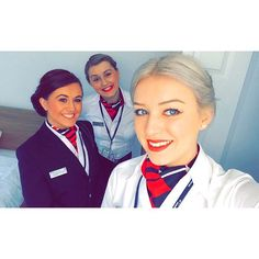 Hair and makeup 😍💄💋 Flight Attendant Hair, British Airways Cabin Crew, Airline Uniforms, Future Goals, Career Goals, Archetypes, Ios App, Pilots, Scarf Styles