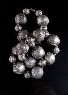 PrivateCollection's | PictureBook | 10-01-20 Chinese Silver Dragon Bead Necklace