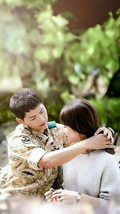 Descendants of the Sun-Korean Drama_Song Joong-ki x Song Korean Drama Songs, Korean Drama Best, Korean Dramas, Korean Actors, W Kdrama, Kdrama Actors, Dots Kdrama, Song Joong, Song Hye Kyo