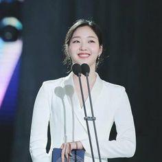 (4) kim go eun - Twitter Search / Twitter Kim Go Eun, Korean Actresses, Twitter, Search, People, Women, Fashion, Moda, Searching
