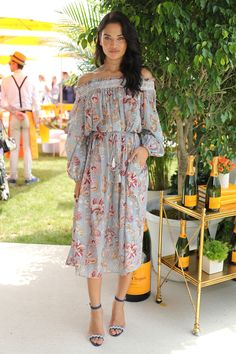 4 June Shanina Shaik showed off her shoulders in a floral dress by Zimmerman. - HarpersBAZAAR.co.uk