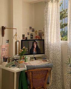 Room Ideas Bedroom, Bedroom Decor, Pretty Room, Aesthetic Room Decor, Cozy Room, Dream Rooms, My New Room, Indie Room, House Rooms
