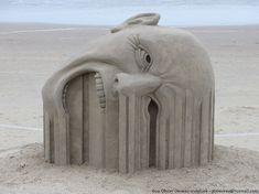 """Bleeding"" Sand Sculpture by Guy-Olivier Deveau"