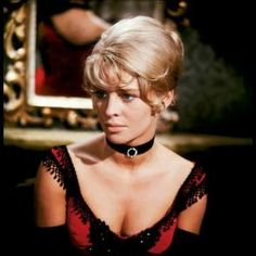 Julie CHRISTIE (b. 1940) [] Doctor Zhivago (1965); Billy Liar (1963); Darling (1965); Fahrenheit 451 (1966);  Far From the Madding Crowd (1967); Petulia (1968); In Search of Gregory (1969); The Go-Between (1971); McCabe & Mrs. Miller (1971); Don't Look Now (1973); Shampoo (1975); Demon Seed (1977); Heaven Can Wait (1978); Power (1986); Hamlet (1996); Afterglow (1997); Harry Potter and the Prisoner of Azkaban (2004); Finding Neverland (2004); Away From Her (2006) Photo: as Lara in 'Dr…