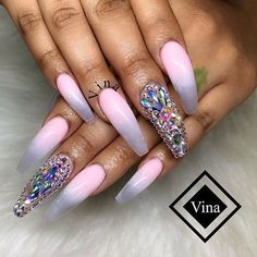 ⚠️ is the plug for more poppin' ass pins ⚡️ PLEASE give me my credit ‼️ Crazy Nails, Dope Nails, Fancy Nails, Bling Nails, Glitter Nails, Pink Glitter, Fabulous Nails, Gorgeous Nails, Pretty Nails