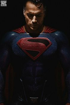 Fan art of Cavill's Superman, Kingdom Come style. Excellent!