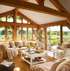 Wood Home Decor 2020 – What kind of wood is used for log homes? - Home Style Rustic Cabin Decor, Wood Home Decor, Cabin Homes, Log Homes, Timber Frame Homes, Design Case, Design Design, House In The Woods, Rustic Interiors