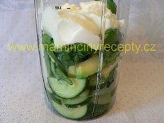 Osvěžující okurkové smoothie Pickles, Cucumber, Smoothies, Food, Smoothie, Eten, Pickle, Pickling, Cauliflower