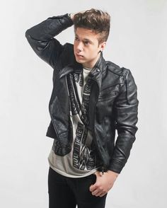 Lucas Castel, Youtubers, Leather Jacket, Jackets, Jeans, Fashion, Famous Celebrities, Cute Guys, Girls