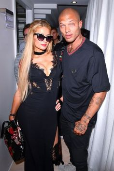Paris Hilton, Jeremy Meeks Walk in Philipp Plein's Poolside Resort Show --Paris Hilton and Jeremy Meeks at Philipp Plein's Cruise 2018 show  | Pret-a-Reporter