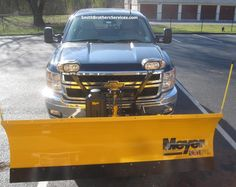 "2012 Chevy 2500 gas. Meyer Lot Pro LD 7' 6"""
