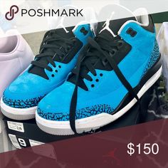 aa071ed11b7 Powder Blue Air Jordan Retro 3s BARELY WORN and kept in box! Size 9 Men