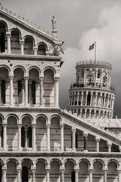 ITALIA - Pisa, Piazza dei Miracoli