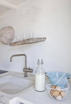 kirchen A BEAUTIFUL RURAL SUMMER HOME ON ANTIPAROS, GREECE | THE STYLE FILES