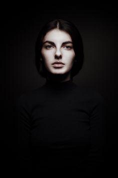 Photographer: Artem Vasilenko Model: Laura Shamailov #photography #portrait