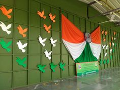 Backdrop ideas, Stage decoration, Celebration of republic day stage decoration Backdrop ideas, Stage Independence Day Activities, Independence Day Decoration, 15 August Independence Day, Indian Independence Day, Happy Independence, Classroom Window Decorations, School Decorations, Class Board Decoration, Preschool Crafts