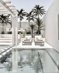 Love this beautiful white outside chillout zone with swimmingpool for my dream h… - Home Design Design Exterior, Interior And Exterior, Terrazas Chill Out, Outdoor Spaces, Outdoor Living, Infinity Pools, Luxury Swimming Pools, Boho Home, Beautiful Pools