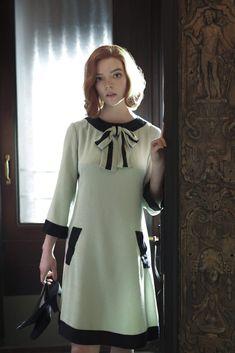 Anya Joy, Anya Taylor Joy, 1960s Fashion, Fashion News, Vintage Fashion, Fashion Women, High Fashion, Princess Diana Wedding Dress, Style Année 60