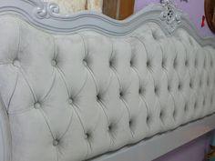 Ateliando - Customização de móveis antigos: Quarto Customizado da Camila  Cabeceira antiga com marcenaria de alongamento, customização e tapeçaria Ateliando...
