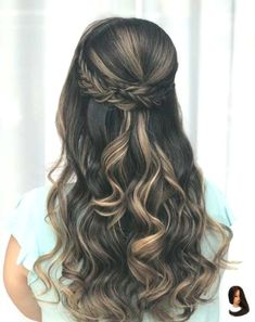 Best wedding hairstyles for long hair bridesmaid braids updo Ideas Quince Hairstyles, Easy Hairstyles For Long Hair, Wedding Hairstyles For Long Hair, Wedding Hair And Makeup, Braided Hairstyles, Amazing Hairstyles, Popular Hairstyles, Hairstyles For Graduation, Trending Hairstyles