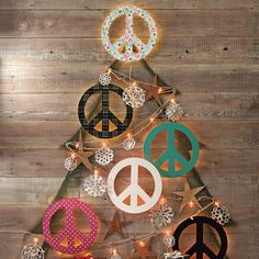 I  peace signs. They remind me of my dad. He had one tattooed on his right hand.  I want one of these back-lit ones for my office space. dizidesi