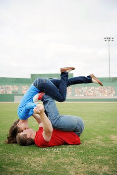 Engagement photo idea...this is so cute!