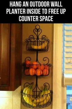 Kitchen Remodel Ideas Fresh produce can be stored in recycled planters to help declutter kitchen countertops - Declutter kitchen counters - Check out these 11 clever ways you can rid your kitchen counters of clutter and be more organized! Recycled Planters, Wall Planters, Succulent Planters, Concrete Planters, Succulents Garden, Diy Casa, Home Hacks, Rv Hacks, Ikea Hacks