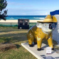"ANZAC DAY Saw this cute little guy in my travels today.  ""Little Digger"" (Artist Scott Maxwell)  is a symbol of the ANZAC centenary commemoration & to reflect the partnership between Currumbin RSL & Currumbin Wildlife Hospital Foundation.   #australia #australiagram #australia_oz #aussiephotos #discoverqueensland #exploreaustralia #goldcoast #goldcoast4u #goldcoastgallery #igersgoldcoast #ig_australia  #igs_oceania #ilovegoldcoast #loveyouqueensland #queensland #seeaustralia…"