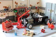 Great garage interior!