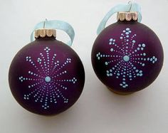 Check out our ornaments glass painted christmas selection for the very best in unique or custom, handmade pieces from our shops. Gold Christmas Decorations, Painted Christmas Ornaments, Hand Painted Ornaments, Handmade Ornaments, Diy Christmas Ornaments, Christmas Art, Teal Christmas Tree, Christmas Mandala, Christmas Paintings