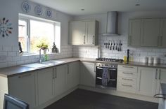 Howdens kitchen grenwich LIKE GREAT BEFORE AND AFTER TOO! kitchen reveal 09