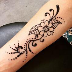 ARM  FLOWER LEAVES SWIRLS