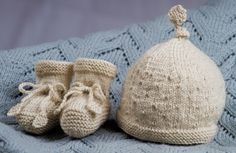 Rock a Bye Baby Hat and Booties by Little Cupcakes - Bc33