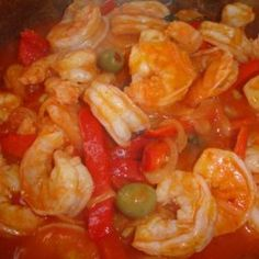 Camarones Guisados- Shrimp Stew Besides Shrimp scampi, this is one of our favorite ways to eat shrimp. My dad always prepared this with white rice or crispy tostones on the side and it was delicious every single time! I hope you enjoy it as much as we all Shrimp Stew, Shrimp And Rice, Shrimp In Red Sauce, Shrimp Dip, Atkins Recipes, Cooking Recipes, Healthy Recipes, Healthy Dinners, Meal Recipes