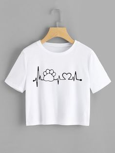 Camiseta Crop huellita corazon late