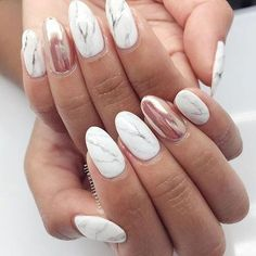 Marble and rose gold nails - a modern look for your day @ricekittynails.