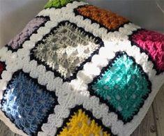 KIRKYAMA ŞİŞ ÖRGÜ BATTANİYE VE YATAK ÖRTÜSÜ ÖRGÜ | Nazarca.com Crochet Baby, Knit Crochet, Crochet Mandala, Extra Money, Hippie Boho, Blanket, Knitting, How To Make, Crafts