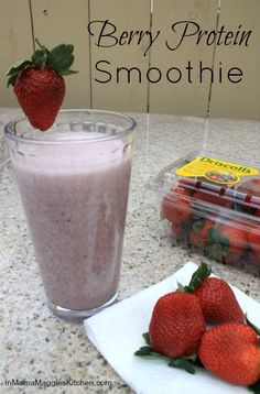 Berry Protein Smoothie - A yummy smoothie to keep you going all day long. #ad