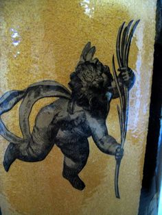 BLACK and GOLD CUPIDS ... Detail