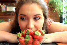 Beauty Alert Italia: FRAGOLE & MAKE UP