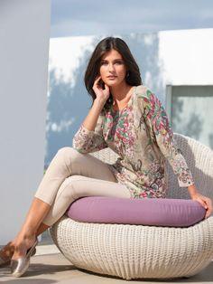 "Katarina Ivanovska In Spring Fashion Combinations For ""Peter Hahn"""