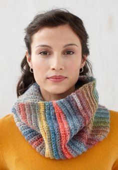Free Crochet Pattern L0427K Fast and Easy Cowl : Lion Brand Yarn Company