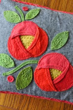 Summer Stitch Along, Part 6 – The Whipstitch | Trends and Traditions