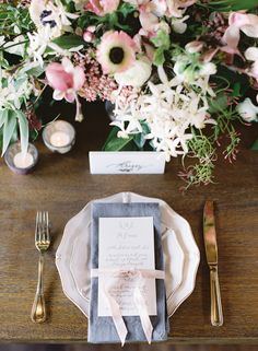 Elegant and timeless gold and blush table decor: http://www.stylemepretty.com/2016/08/19/intimate-natural-seattle-wedding/ Photography: http://omalleyphotographers.com/