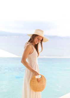 summer resort look on Mackenzie Horan Tropical Outfit, Summer Outfits, Cute Outfits, Meghan Markle Style, New England Style, Summer Hats, Summer Time, Kate Middleton Style, Saint Tropez