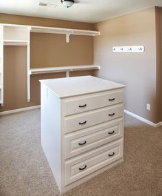 traditional  by Covenant Custom Homes