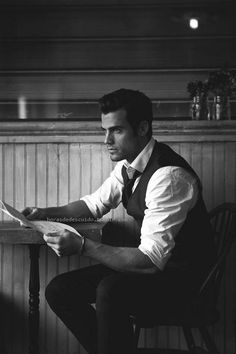 Clothes for Romantic Night - Clothes for Romantic Night - It was night that night. Fashion clothing for men Der Gentleman, Gentleman Style, Thomas Beaudoin, Basic Wardrobe Pieces, Mode Man, Style Masculin, Romantic Night, Its A Mans World, Sharp Dressed Man